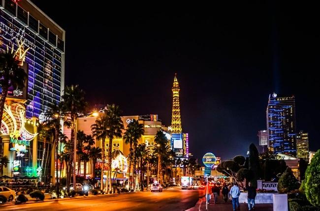Las Vegas Reels As Shutdown Continues