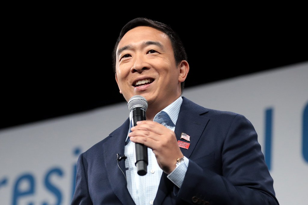 Pro-Poker US Candidate Andrew Yang Withdraws