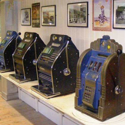 Ye Old Classic Slot Machines one-armed bandits