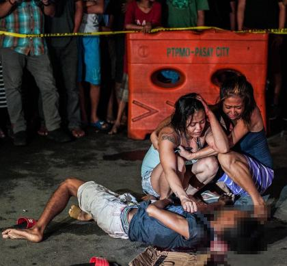Duterte Fights Drug Dealers