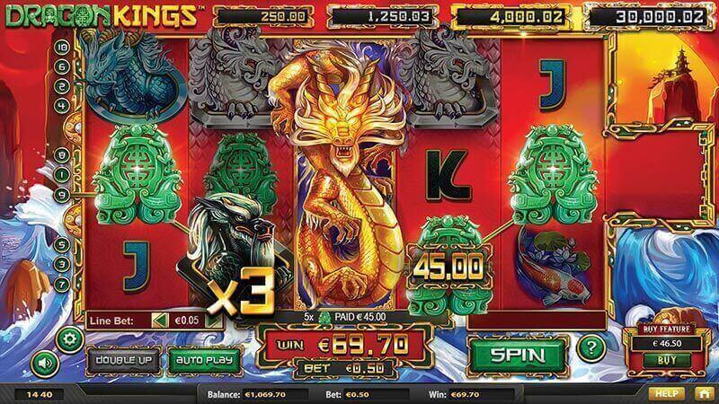 Screenshot of Dragon Kings online slot game
