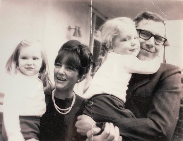 Richard Jarecki with his family