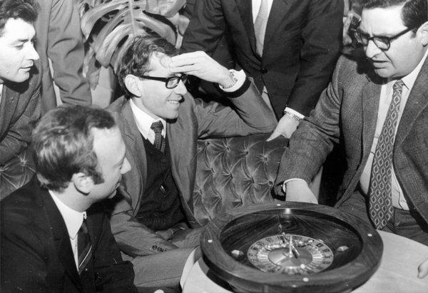 Richard Jarecki was known to exploit the flaws of roulette wheels to win.