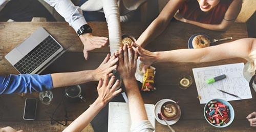 Icebreaker bingo can bring colleagues together