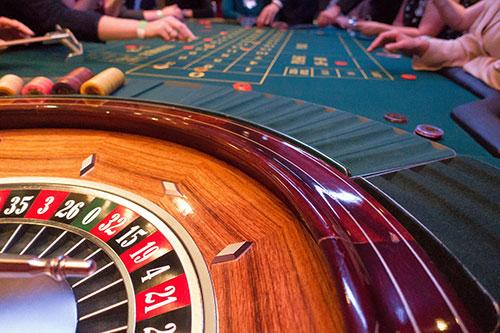 Playing at land based casinos