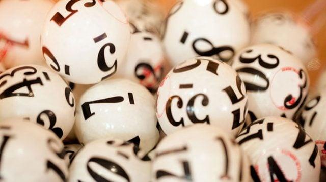 Retired DE Winner Scores $69k Lotto Prize