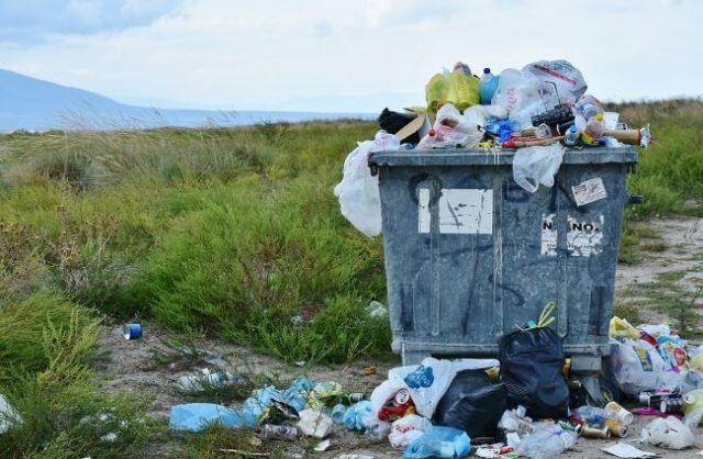 Canadas 1M Philippines Garbage Reclaim