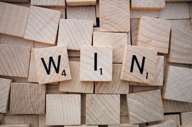 Bingo Winner Shares Prize With Best Friend