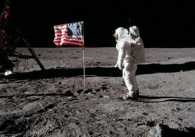 NASA Aims for the Moon Again