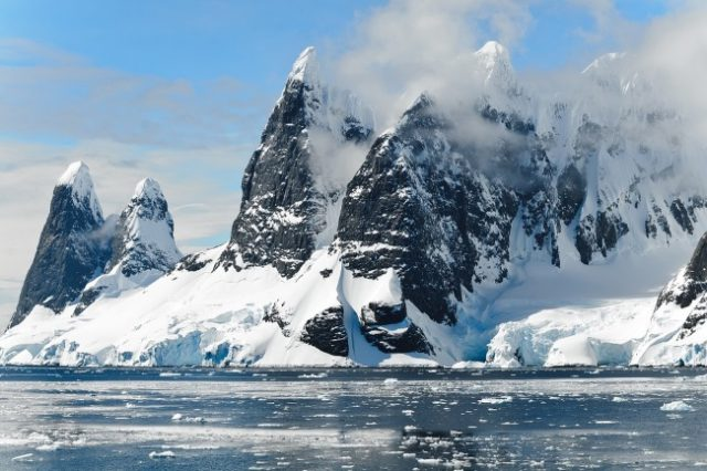 Arctic Discovery Shines New Light On ET Life