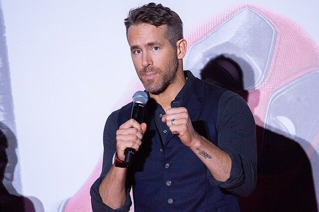 Ryan Reynolds Pledges Salary To Group Effort