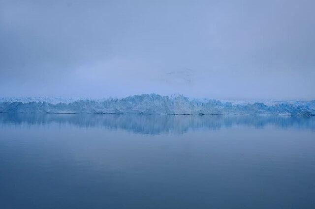 La dernière plate-forme flottante de glace du Canada s'effondre