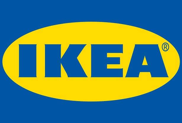 Un artiste cri crée une salle d'exposition indigène Ikea