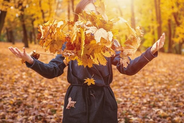 Canadians To Enjoy A Longer Fall This Year
