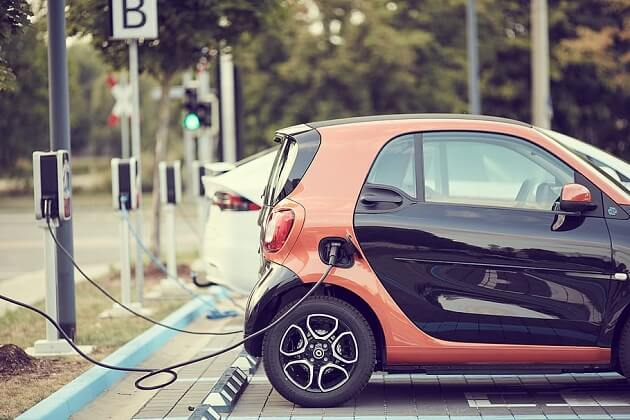Electric Cars Hampered By Lack Of Stations