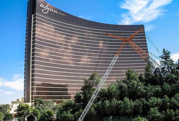 Wynn Announces Sale Of 6.32 Million Shares