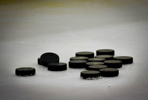 Hockey Dad Walter Gretzky Dies Aged 82