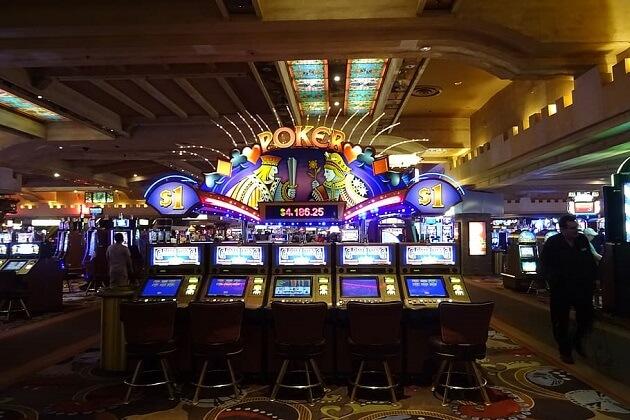 Chicago Mayor Hoping For Vegas-Style Casino