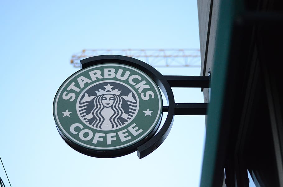 Starbucks To Close 300 Canadian Stores