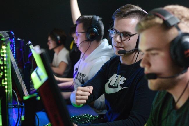 eSports Has Hit The $1 Billion Revenue Mark