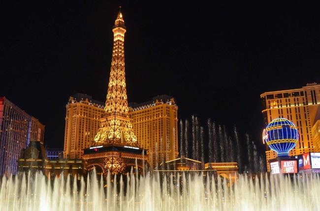 Las Vegas Casinos Look Into Protective Screens