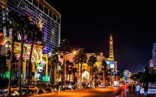 Vegas Casino's Poised To Go Cashless